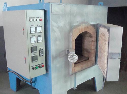 预止箱式炉发生爆燃事故的措施